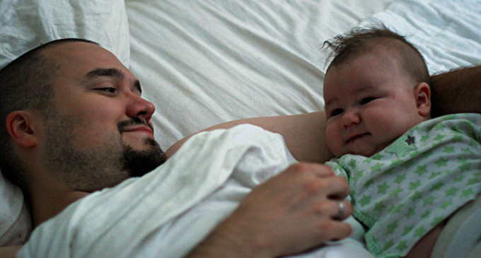 Hechting bij vaders: prenatale gevoelens beïnvloeden hechting met baby