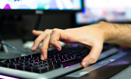 Verslaving behandelen met de computer