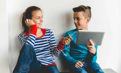 Hersenontwikkeling van jongens niet trager dan van meisjes